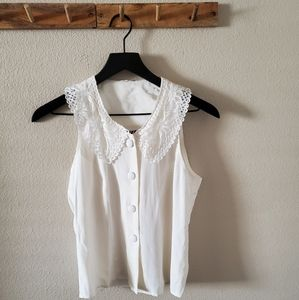 Vintage 90s Lace Collar Button Down Sleeveless Top